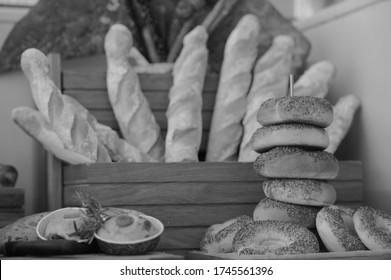 割礼のサービスを提供するホテルのパンの興味深い写真