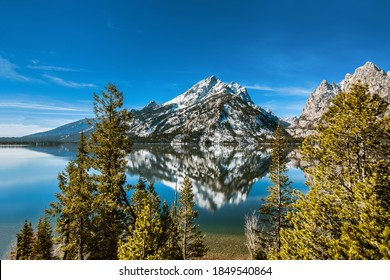 Scenic view of Jenny Lake and the Teton mountains in Grand Teton National Park,Wyoming, USA.