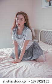 japanese student girl lady in tatami room asian anime