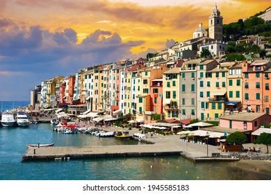 malerischer Hafen von Porto Venere, italienische Riviera, Ligurien, Italien.