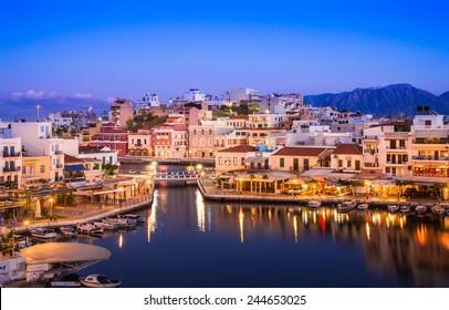 Agios Nikolaos und Voulismeni See in Kreta Insel, Griechenland.