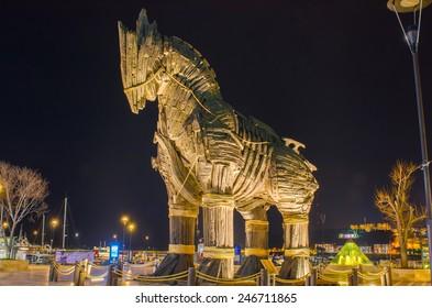 トルコ、チャナッカレ広場のトロイの木馬。