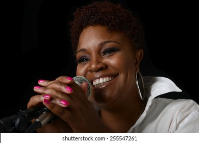 Beautiful Image of a afro american Jazz singer