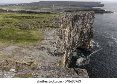 Karst landscape and cliffs near Dun Aengus fort  of  Inishmore (Aran island)