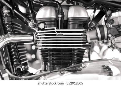 Bloque de motor de motocicleta cromado brillante