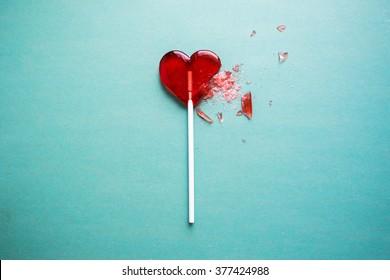Lutscher mit gebrochenem Herzen