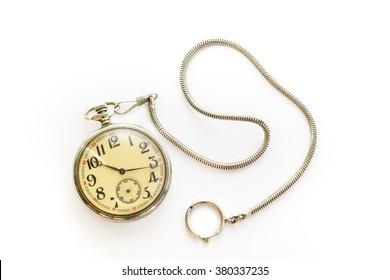 白い背景で隔離の古い懐中時計