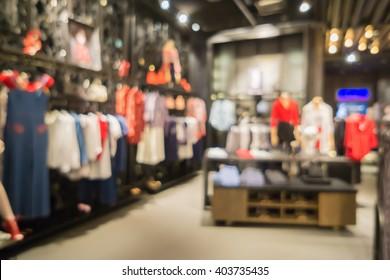 デフォーカスされた背景スポーツスポーツ衣料品店、Inter Sportストア、インテリア、ショーケース、デパートの棚、ボケ、シティショッピングモールのライト、ビンテージカラー、copyspace