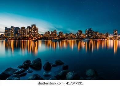 Vancouver Skyline Reflexion bei Sonnenuntergang