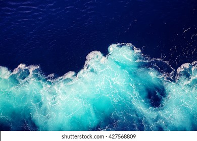 ola de fondo del agua del océano.