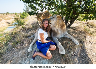 Embrace with a lion