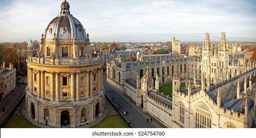 Radcliffe Camera and All Souls College, Oxford University, Oxford, UK