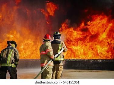 消防学校の訓練