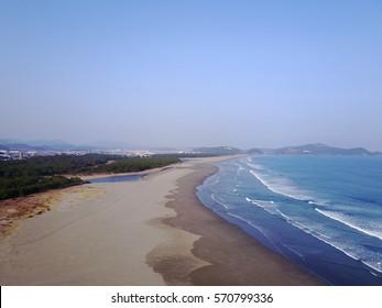 Okuragahama is the sea that was chosen as Japan's 100 beaches Nagisa