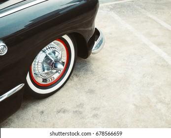 ヴィンテージカークラシックカーレトロスタイルホイールパーツ