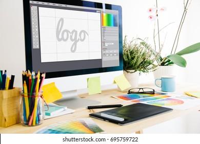 グラフィックデザインスタジオのロゴ
