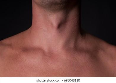 男の首-きれいな肌、体の部分