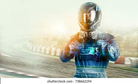 Kart überquert den Ziellinienrennfahrer. Helm. Auswirkungen