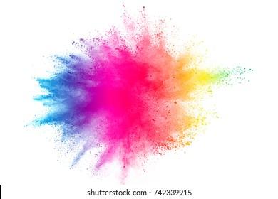 Congelar el movimiento de explosiones de polvo coloreado aislado sobre fondo blanco.