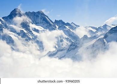 Alpes alpinos paisaje de montaña en Jungfraujoch, la cima de Europa Suiza