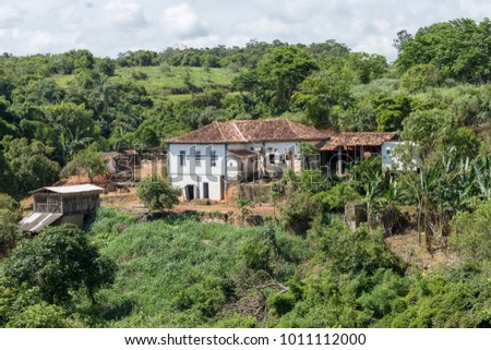 Ancient colonial farm in the municipality of Guarani, Minas Gerais, Brazil. #1011112000