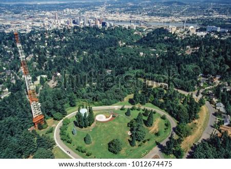 Aerial image of Portland, Oregon, USA #1012674475
