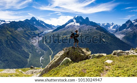 Roaming around the famous and gorgeous Tour du Mont Blanc for 10 days was a great experience. The views are phenomenal and the people you meet along the journey are just great. #1013024947
