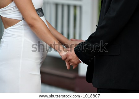 Pregnant couple getting married #1018807