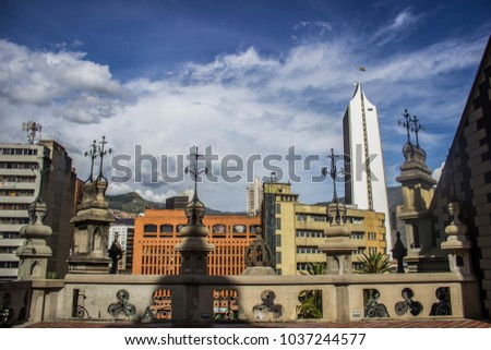A sunny day in Medellín #1037244577