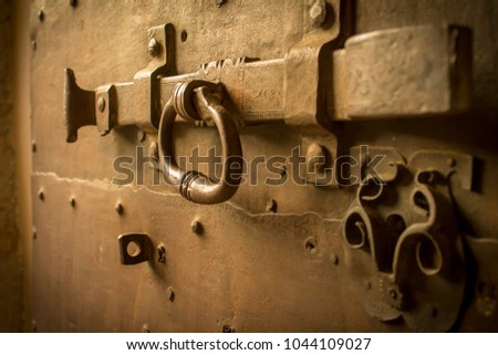 medieval ,old locked on the old wooden door #1044109027