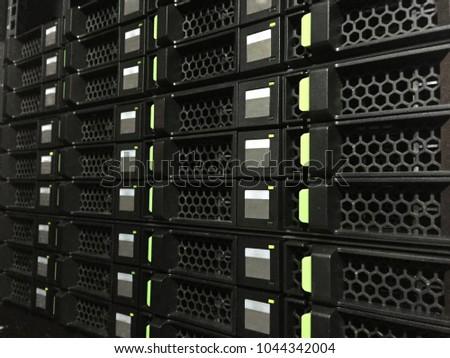 Storage in DataCenter #1044342004
