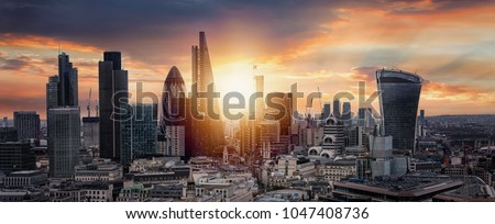 Sunrise over the City of London, United Kingdom #1047408736
