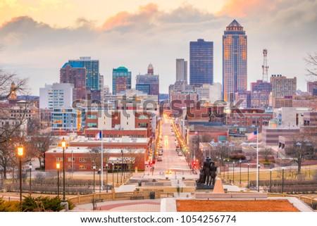 Des Moines Iowa skyline in USA (United States)