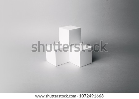 blank cubes minimal composition
