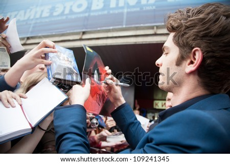 "MOSCOW, RUSSIA-JUNE, 15: Actor Andrew Garfield. Premiere of the movie ""The Amazing Spider-Man"", June,15, 2012 at October cinema in Moscow, Russia #109241345"