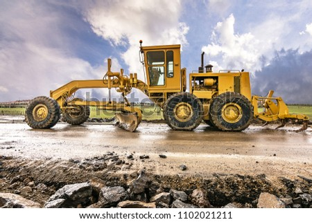 Repairing a highway after a natural catastrophe #1102021211
