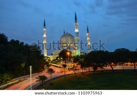 Blue hour at Masjid Sultan Salahuddin Abdul Aziz Shah #1103975963