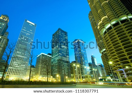 Buildings on Wacker Drive on the shore of Chicago River, Chicago, Illinois, USA