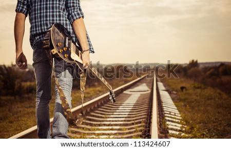railway road to horizon