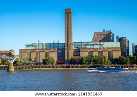 landscape of the southern bank of river thames  #1141831469