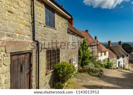 ShaftesburyDorsetEnglandJuly 23, 2018Gold hill, one of the most famous and picturesque streets in England #1143013952
