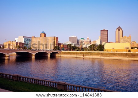 Morning in Des Moines, Iowa. Skyline of the city.