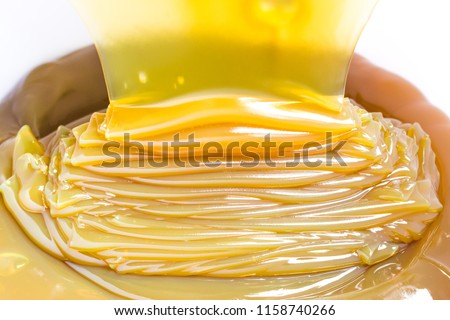 pouring lithium ep 0 grease use in machinery lubrication #1158740266