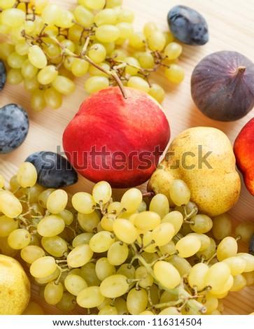 fresh fruits #116314504