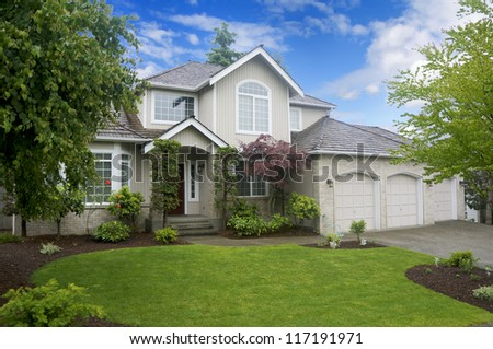 Large classic American house with three car garage. #117191971