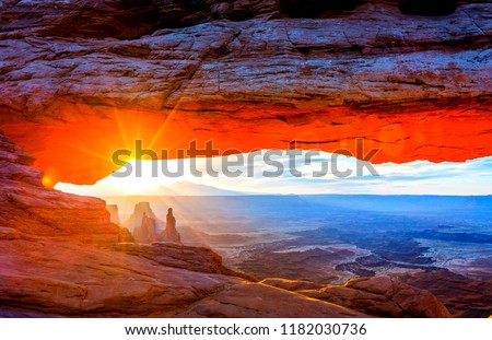 Sunrise at Mesa Arch, Utah-USA  #1182030736