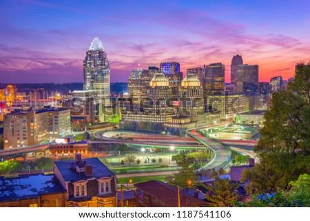 Cincinnati, Ohio, USA downtown cityscape at dusk.
