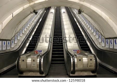 Metro #12598018