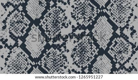 Seamless Snake Pattern