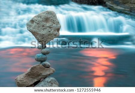 Long exposure stone balance